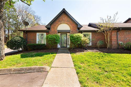 Photo of 223 Highland Villa Cir, Nashville, TN 37211 (MLS # 2243125)