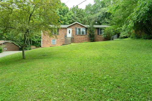 Photo of 673 Chesterfield Cir, Clarksville, TN 37043 (MLS # 2265126)