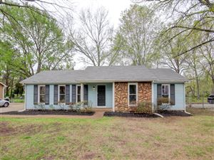 Photo of 106 Lilac Ct, Clarksville, TN 37042 (MLS # 2032127)