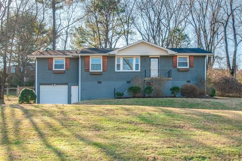 Photo of 583 Valleywood Drive, Nashville, TN 37211 (MLS # 2107128)