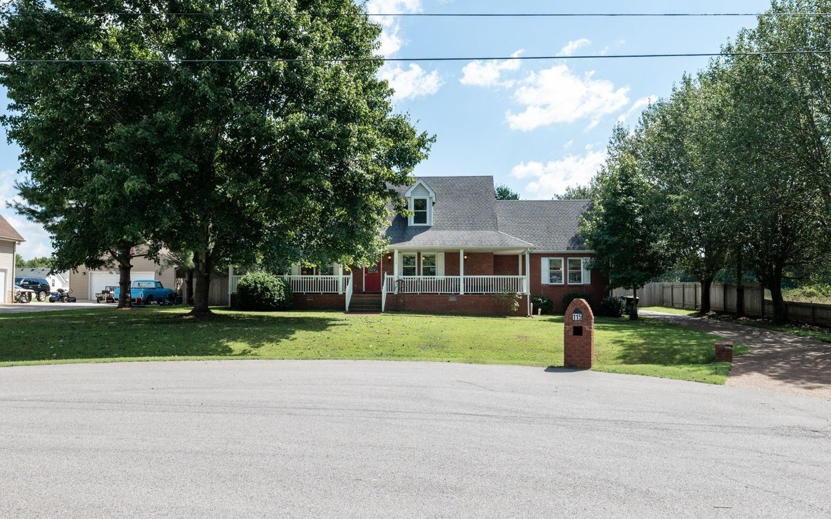 Photo of 115 Spicer Ct, White House, TN 37188 (MLS # 2293130)