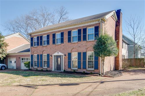 Photo of 6028 Sedberry Rd, Nashville, TN 37205 (MLS # 2227135)