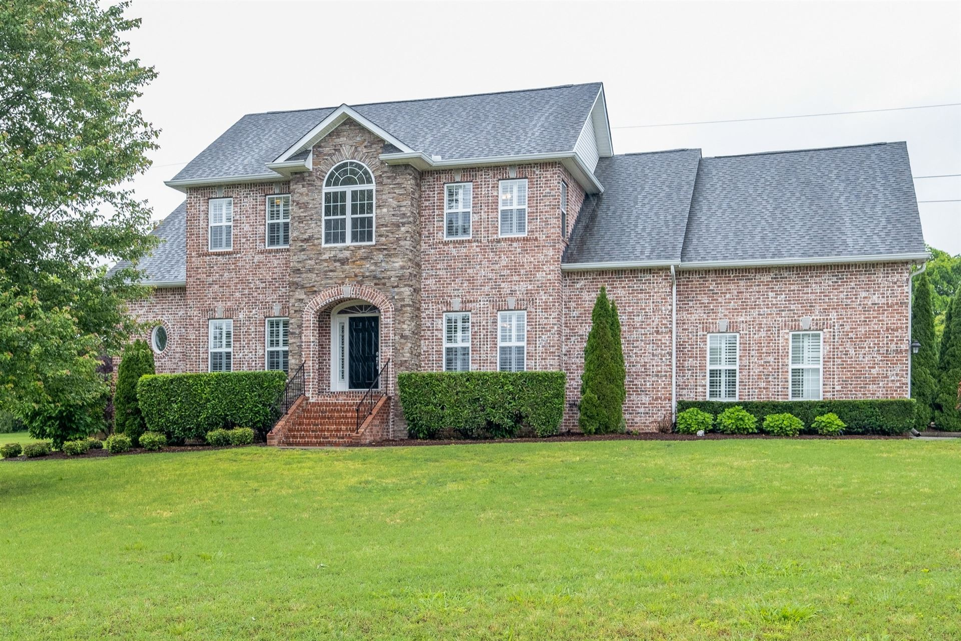 Photo of 2819 Cale Ct, Franklin, TN 37064 (MLS # 2156140)