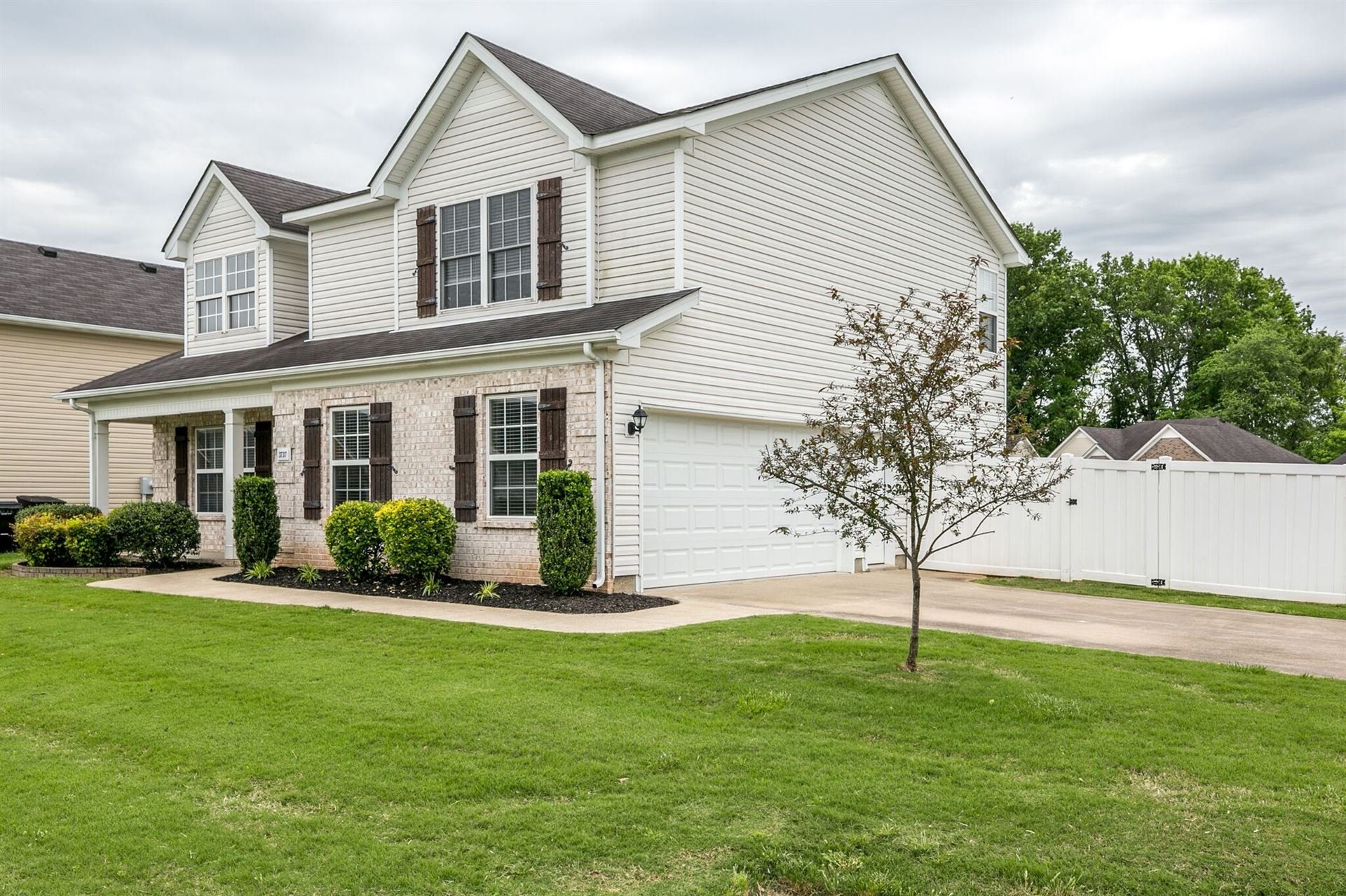 Photo of 3737 Shoteka Dr, Murfreesboro, TN 37128 (MLS # 2252140)