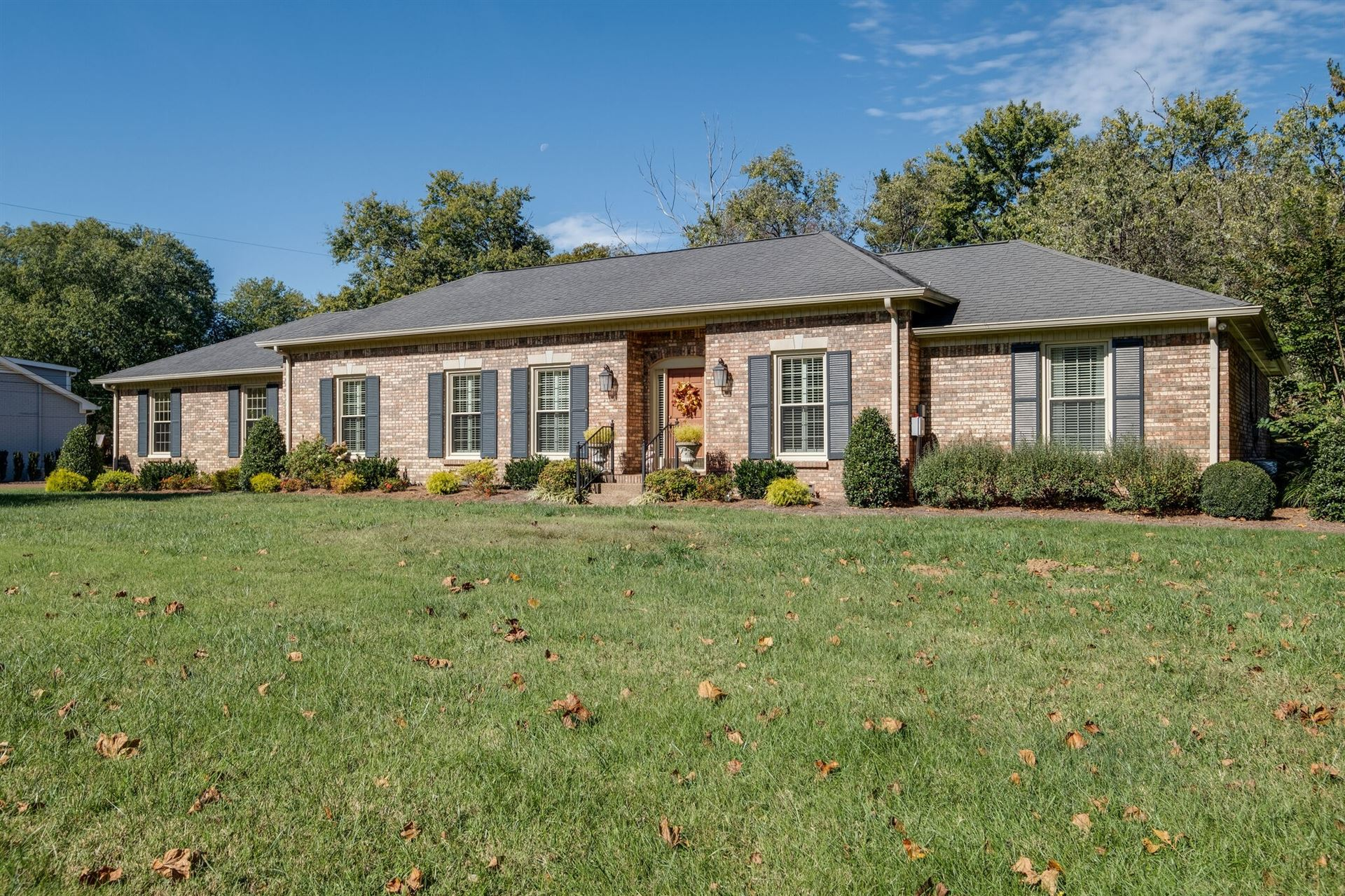 Photo of 1824 Harpeth River Dr, Brentwood, TN 37027 (MLS # 2303141)