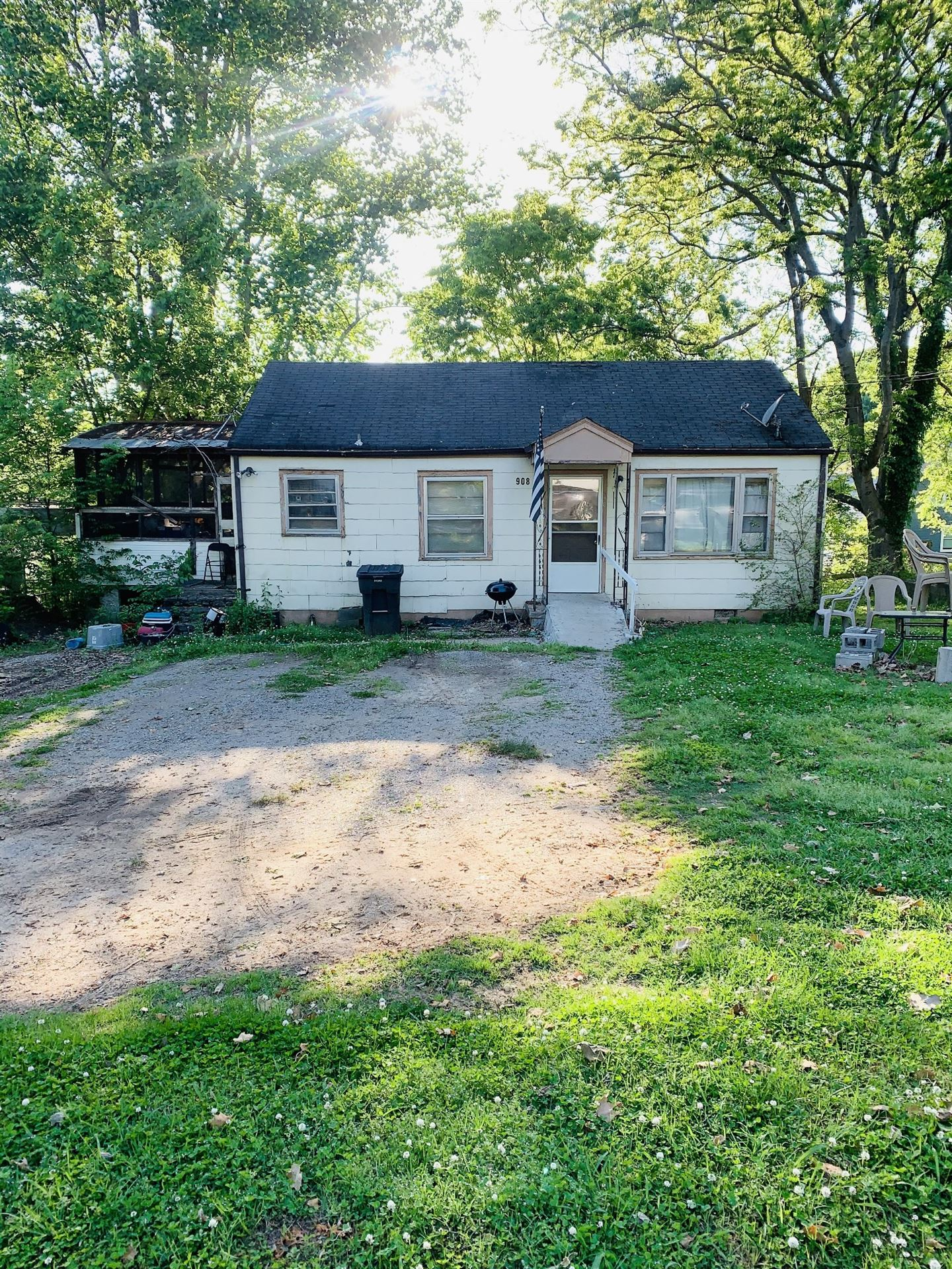 908 E. Valley Dr, Columbia, TN 38401 - MLS#: 2252143