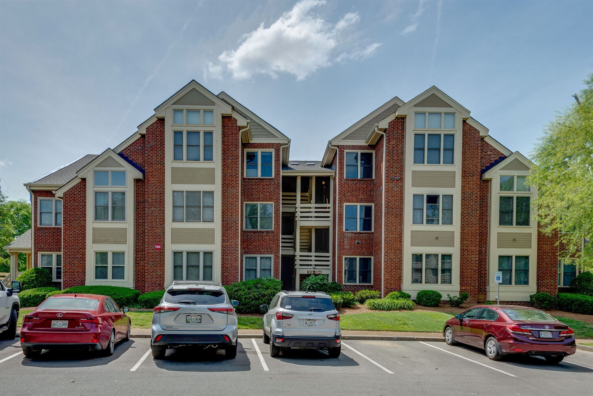 Photo of 317 Boxmere Pl, Nashville, TN 37215 (MLS # 2263150)