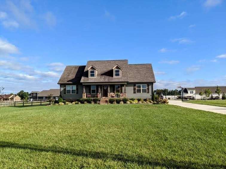 Photo of 228 Executive Ct, Manchester, TN 37355 (MLS # 2293152)