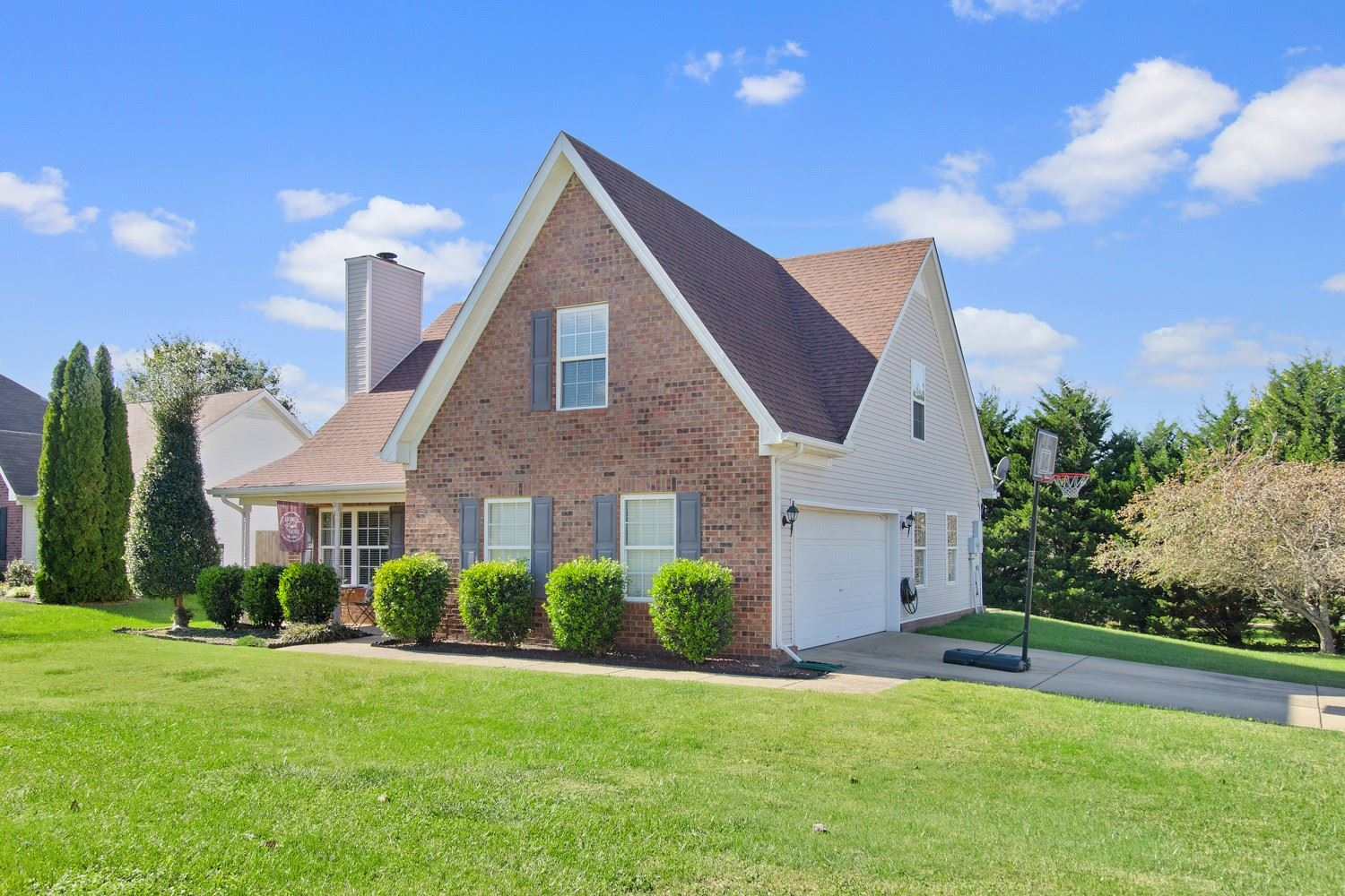 Photo of 2109 Long Meadow Dr, Spring Hill, TN 37174 (MLS # 2302153)