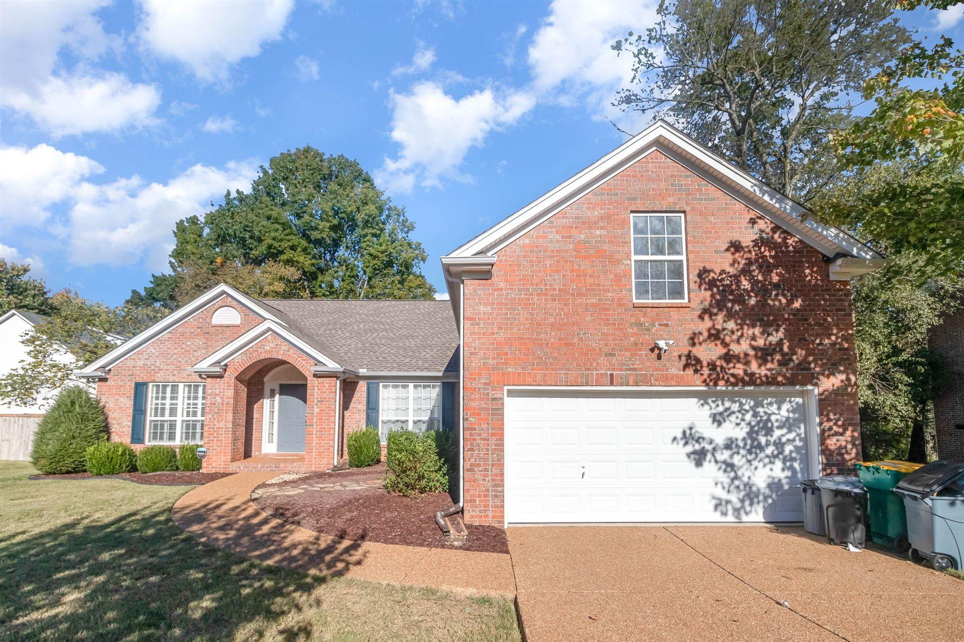 Photo of 2922 Burtonwood Dr, Spring Hill, TN 37174 (MLS # 2302154)