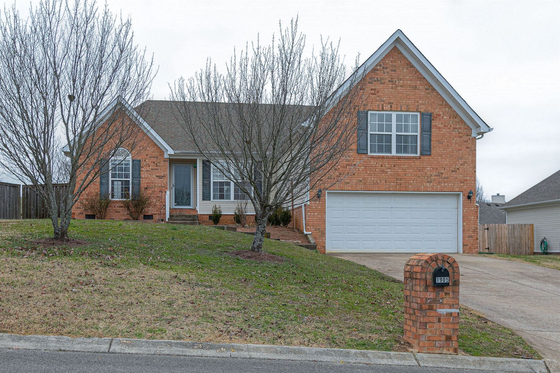 Photo of 1905 Portway Rd, Spring Hill, TN 37174 (MLS # 2219155)