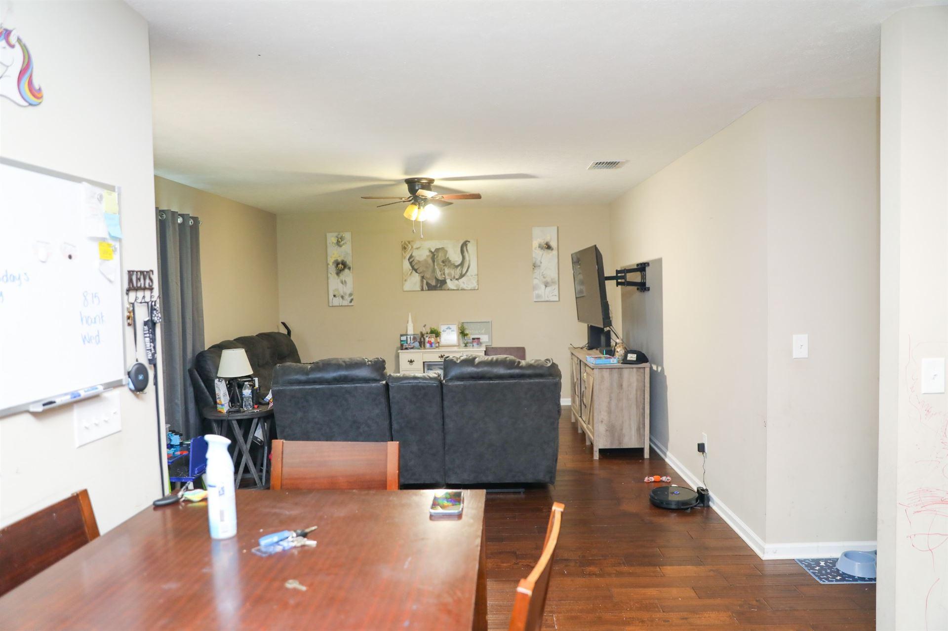 Photo of 111 4th Ave S, Decherd, TN 37324 (MLS # 2293155)