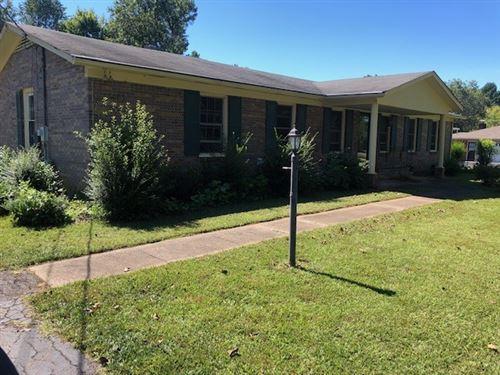 Photo of 3198 Meadow Ln, Murfreesboro, TN 37130 (MLS # 2294158)
