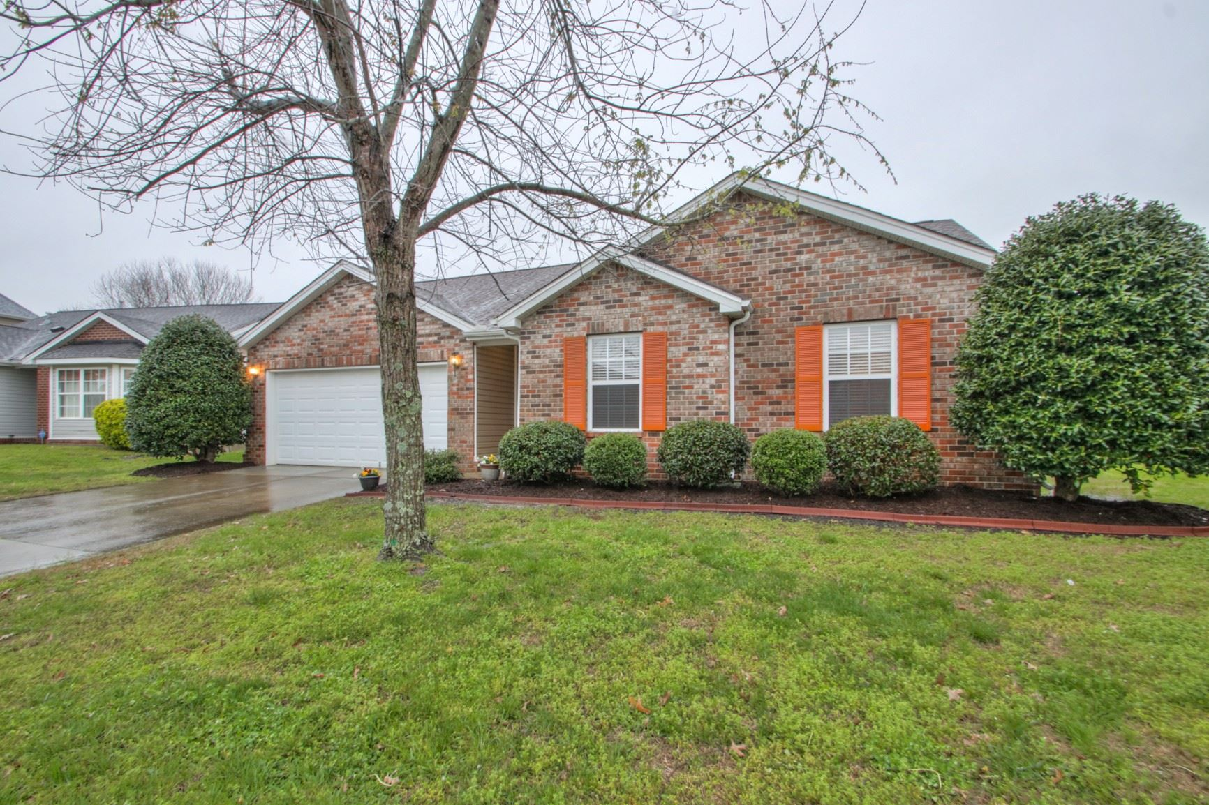 Photo of 1012 Lowrey Pl, Spring Hill, TN 37174 (MLS # 2135161)