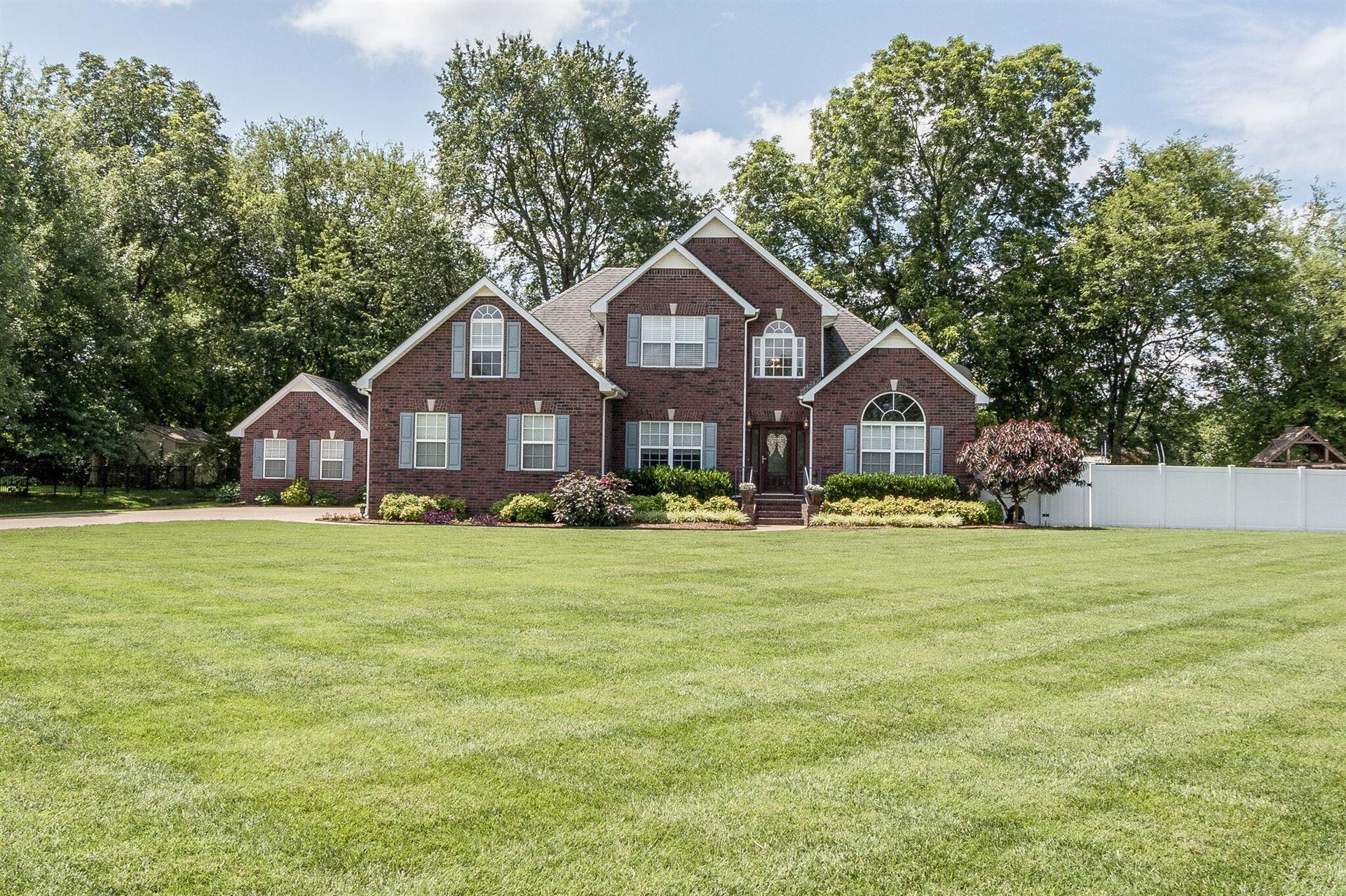 Photo of 444 Royal Glen Blvd, Murfreesboro, TN 37128 (MLS # 2168172)