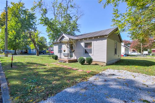 Photo of 410 1st Ave, Murfreesboro, TN 37130 (MLS # 2200173)