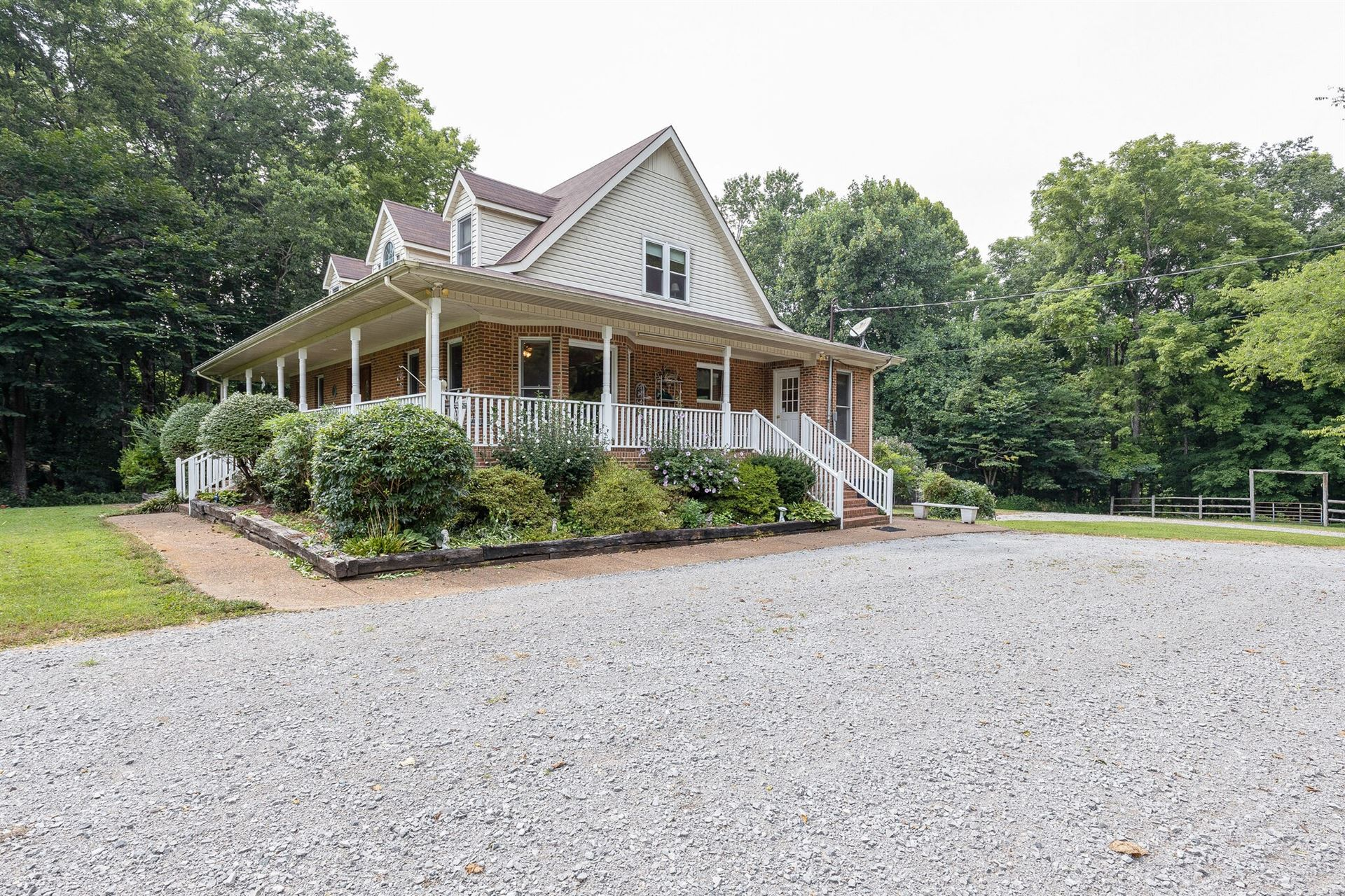 Photo of 2300 Lee Rd, Spring Hill, TN 37174 (MLS # 2279177)