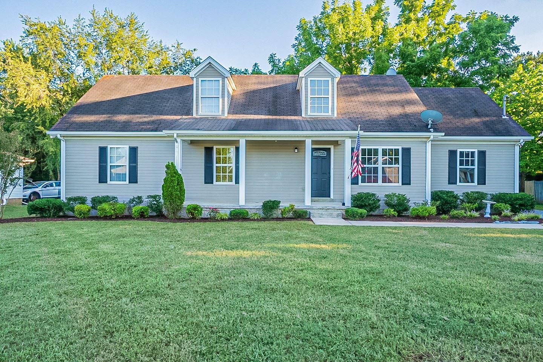 2064 Horncastle Dr, Murfreesboro, TN 37130 - MLS#: 2289183
