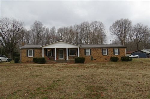 Photo of 680 Oak Grove Rd, Goodspring, TN 38460 (MLS # 2225193)