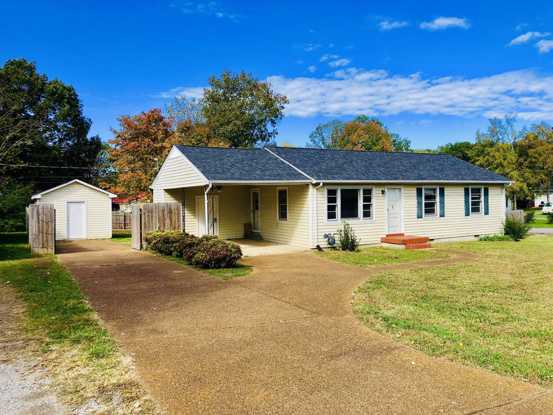 318 Hickory Cir, Lewisburg, TN 37091 - MLS#: 2202198