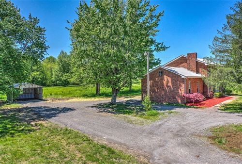 Photo of 843 Halltown Rd, Portland, TN 37148 (MLS # 2222200)