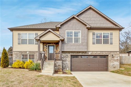 Photo of 3441 Bradfield Dr, Clarksville, TN 37042 (MLS # 2222210)