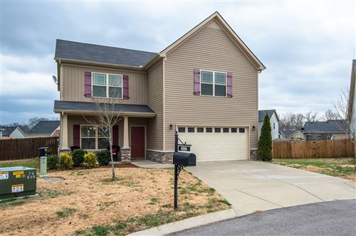 Photo of 8006 Lakota Court, Spring Hill, TN 37174 (MLS # 2106211)