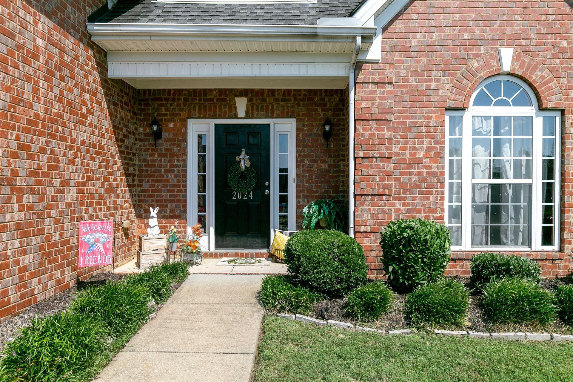 Photo of 2024 Fiona Way, Spring Hill, TN 37174 (MLS # 2294215)