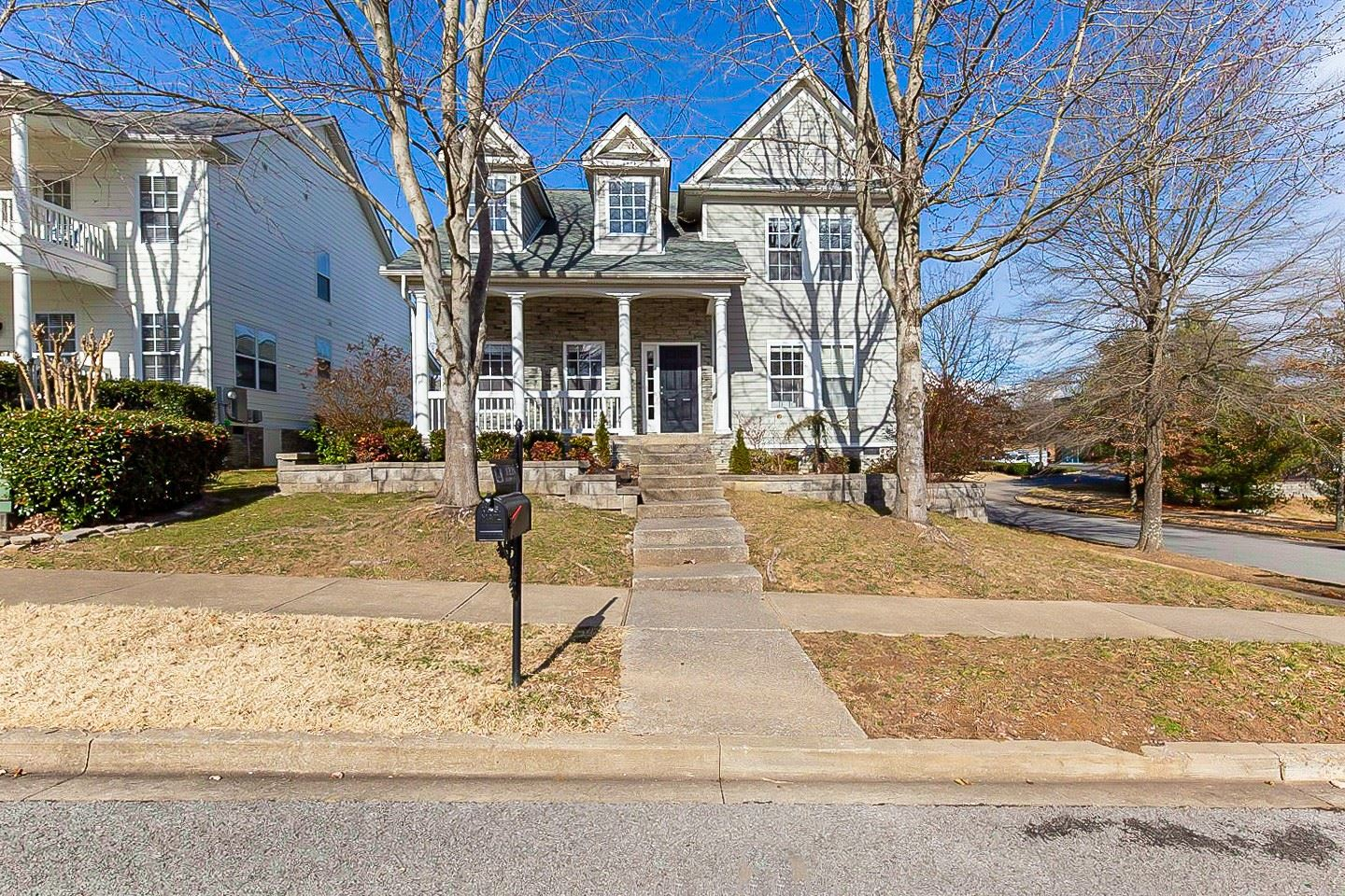 Photo of 1228 Olympia Pl, Franklin, TN 37067 (MLS # 2221217)
