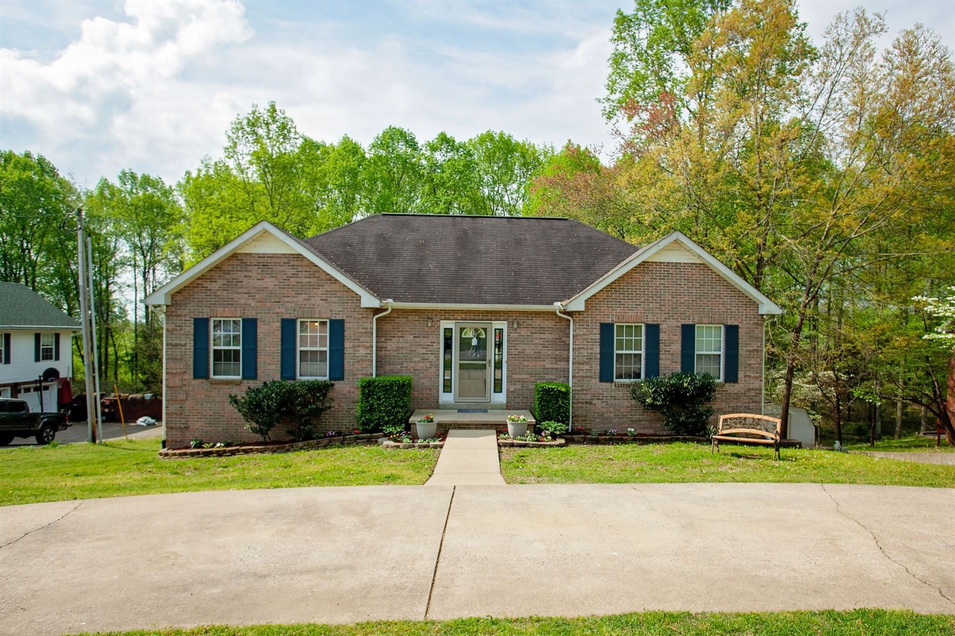 Photo for 167 Hickory Hollow Dr, Dickson, TN 37055 (MLS # 2139219)