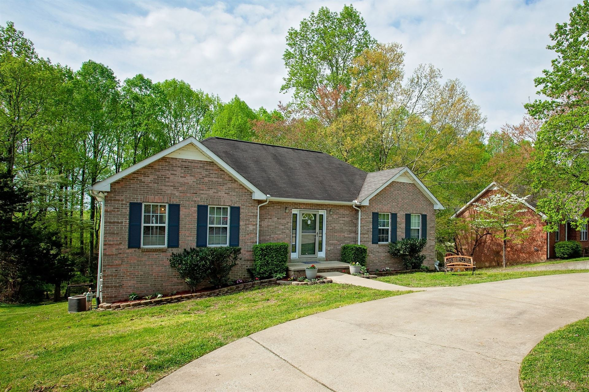 Photo of 167 Hickory Hollow Dr, Dickson, TN 37055 (MLS # 2139219)