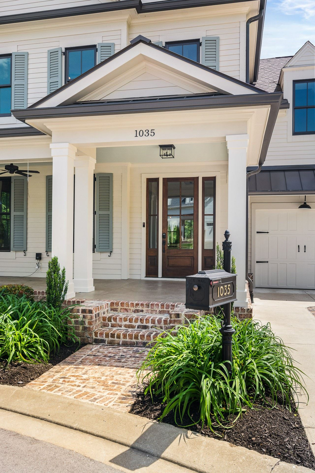 Photo of 1035 Benelli Park Ct, Franklin, TN 37064 (MLS # 2151220)