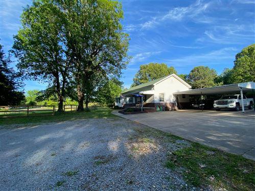 Photo of 1700 Ogburn Chapel Rd, Clarksville, TN 37042 (MLS # 2262223)