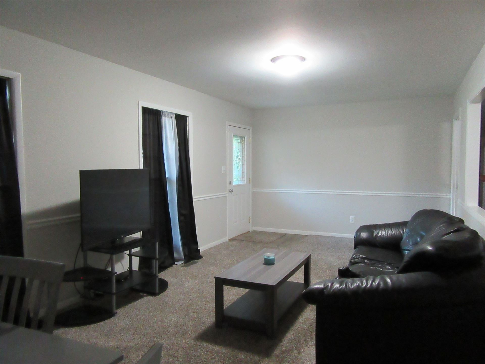 Photo of 837 Britton Ave, Gallatin, TN 37066 (MLS # 2295224)