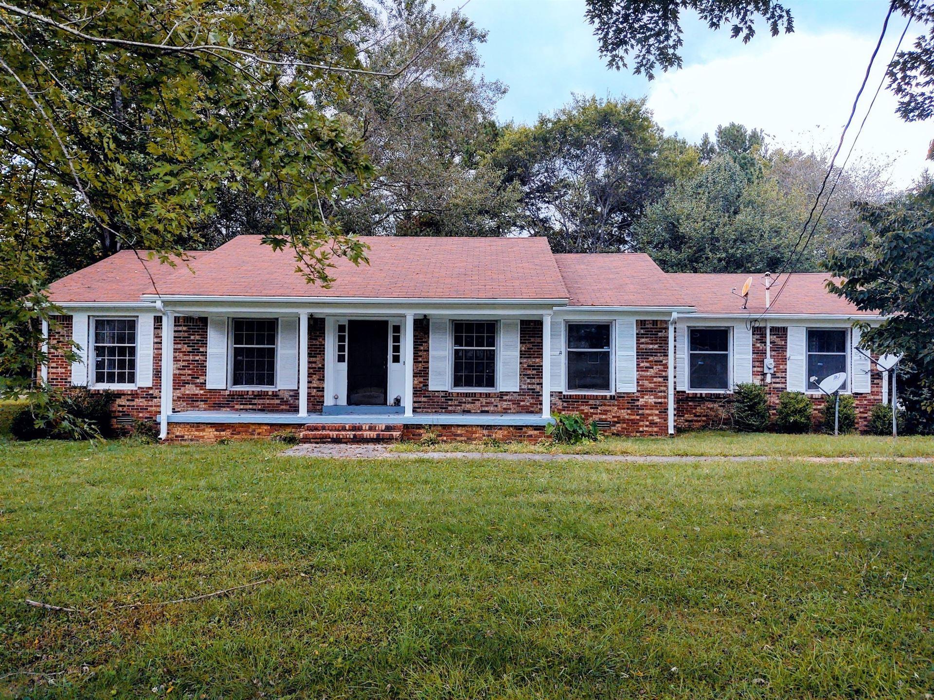 356 Lakeside Dr, Estill Springs, TN 37330 - MLS#: 2303224