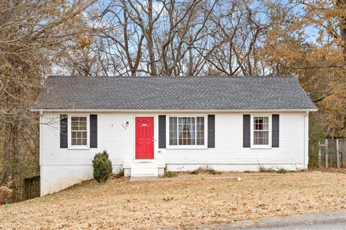 Photo of 713 Ranch Hill Dr, Clarksville, TN 37042 (MLS # 2106225)