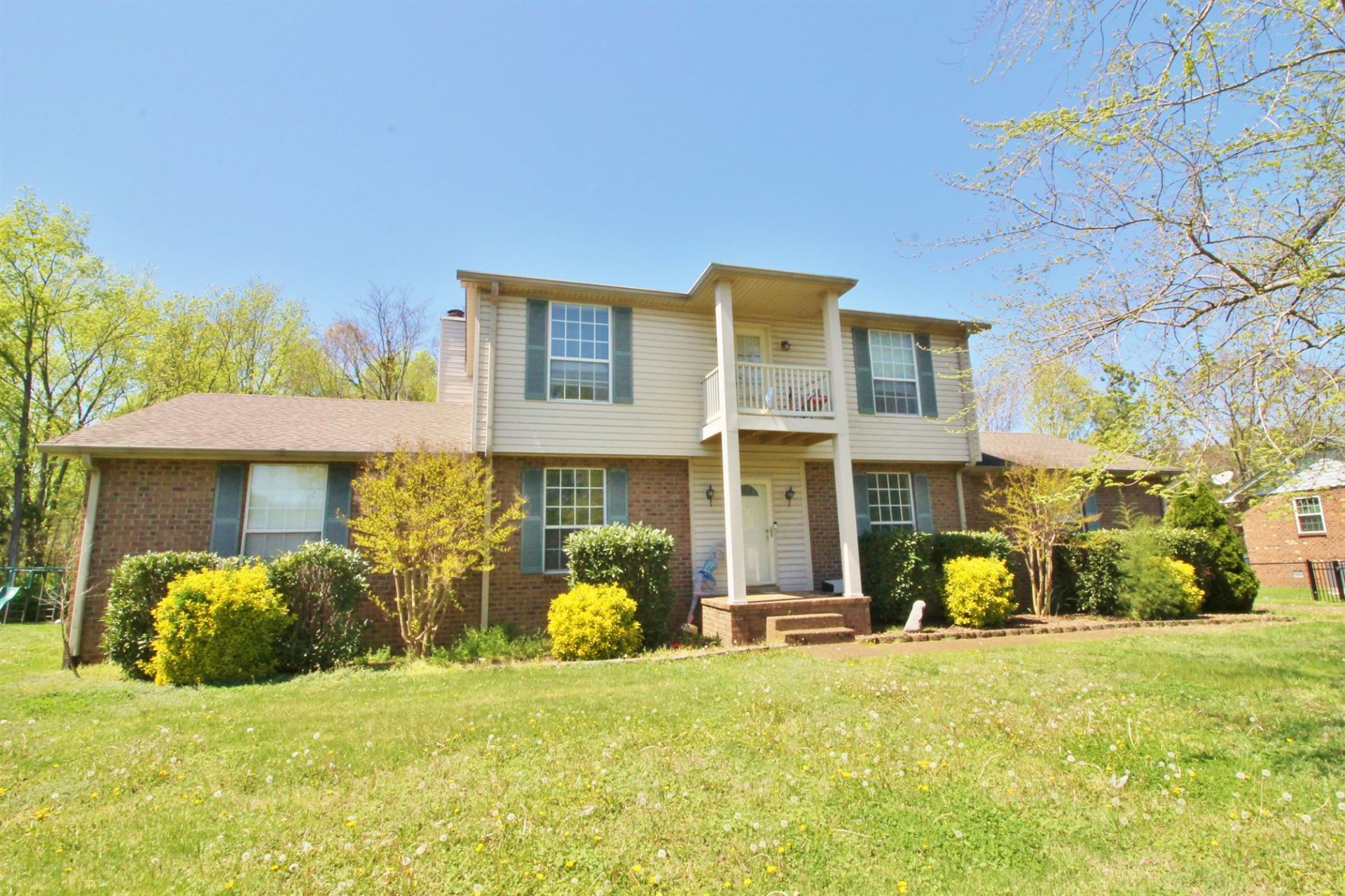 Photo of 304 Clearlake Dr W, Nashville, TN 37217 (MLS # 2244226)