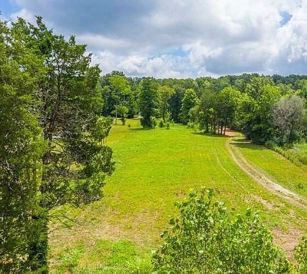 Photo of 1398 Cliff Amos Rd, Spring Hill, TN 37174 (MLS # 2296226)