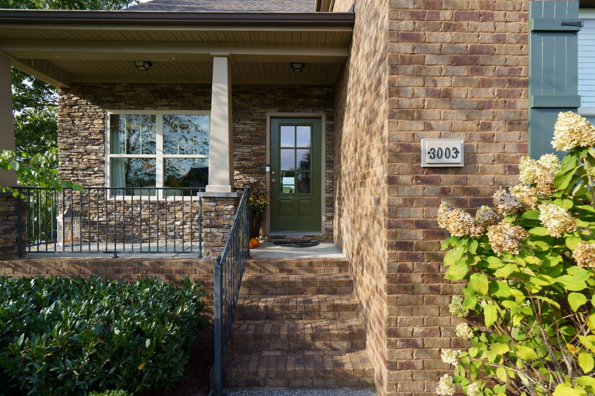 Photo of 3003 Manchester Dr, Spring Hill, TN 37174 (MLS # 2300226)