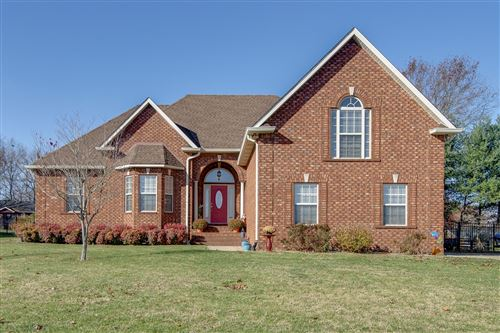 Photo of 1092 Carrs Creek Blvd, Greenbrier, TN 37073 (MLS # 2210228)