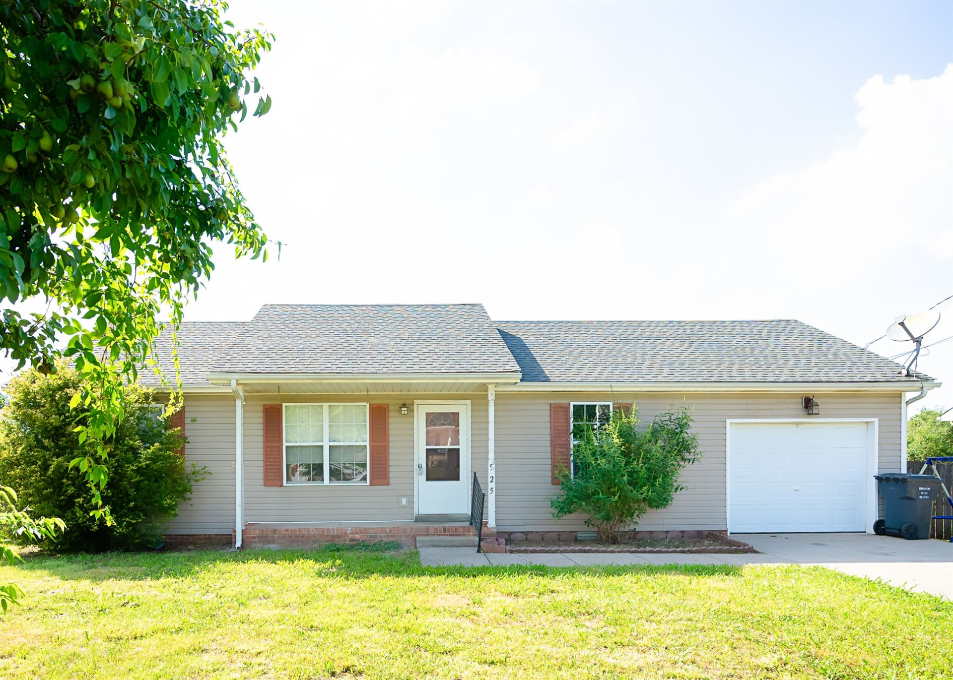 525 Indian Ave, Oak Grove, KY 42262 - MLS#: 2253231