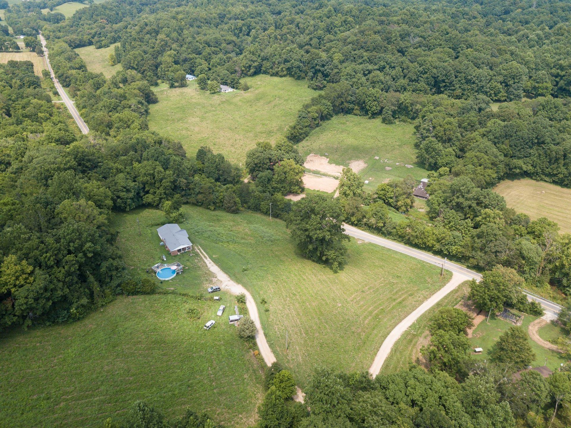 Photo of 9812 Primm Springs Rd, Williamsport, TN 38487 (MLS # 2295231)