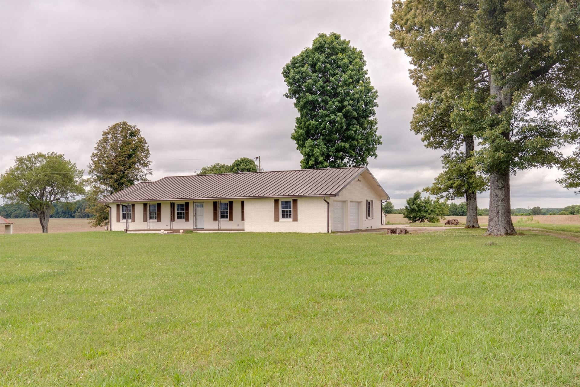 Photo of 941 Peabody Rd, Winchester, TN 37398 (MLS # 2263233)