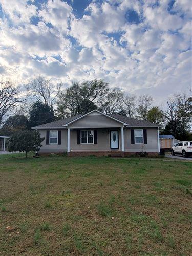 Photo of 108 Taylor Creek Ln, Chapel Hill, TN 37034 (MLS # 2202235)