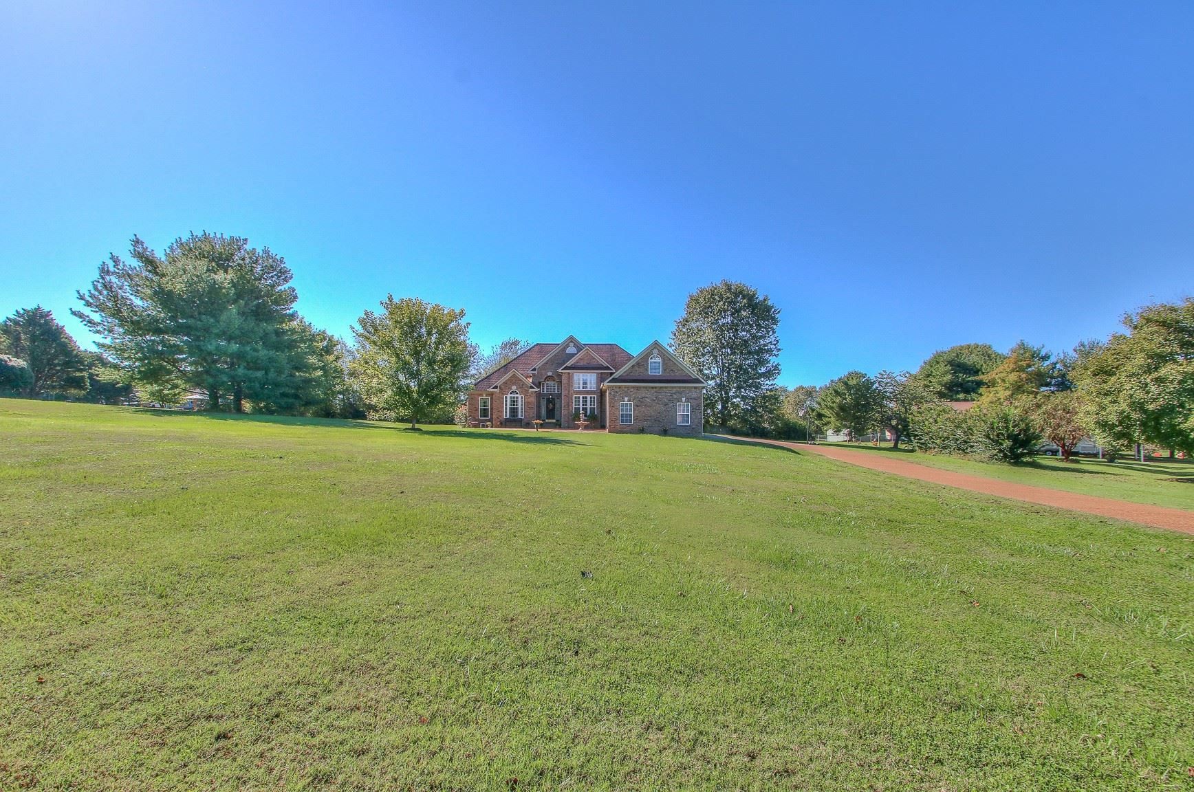 Photo of 3704 Peacock Ct, Spring Hill, TN 37174 (MLS # 2301243)