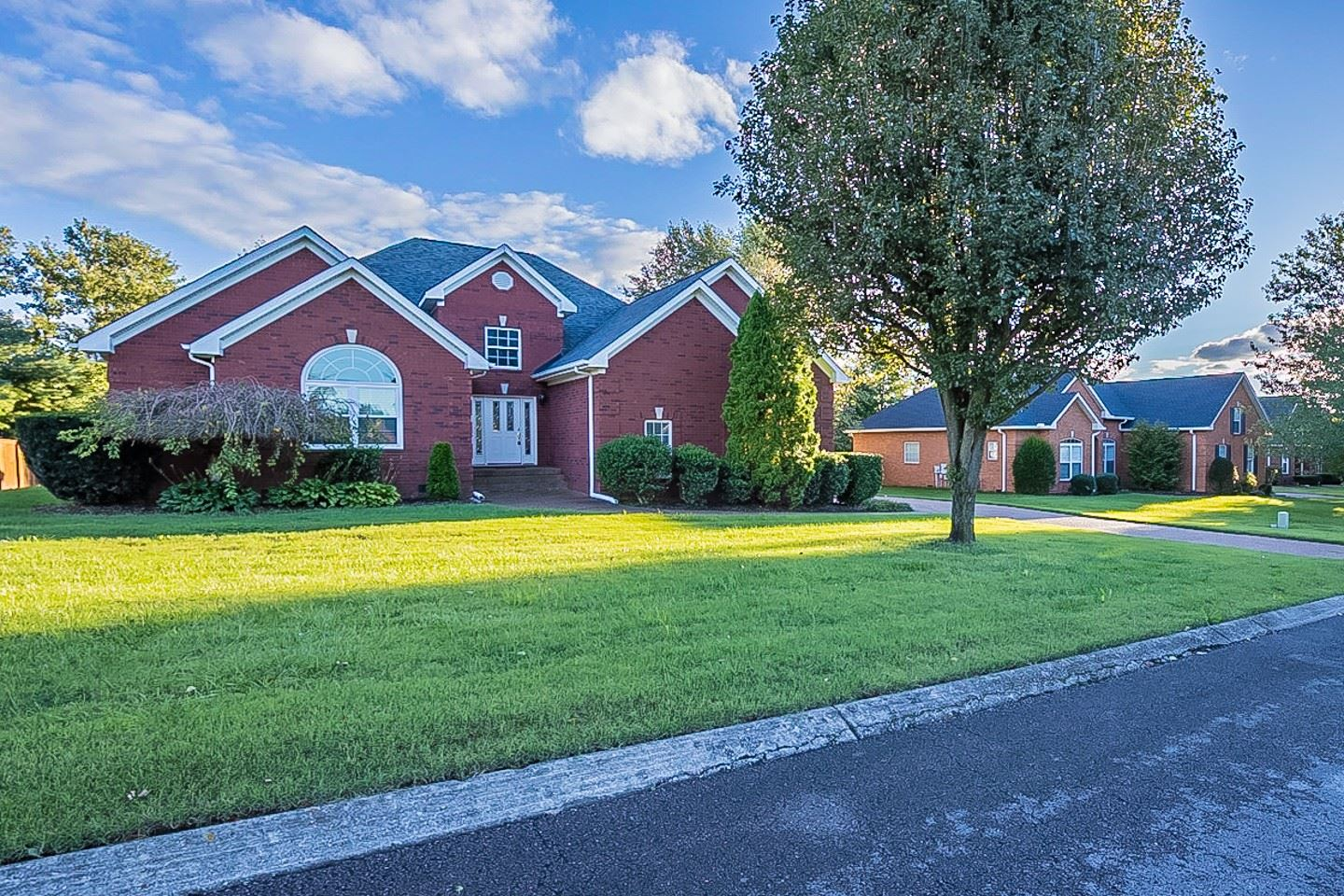 Photo of 3009 Liverpool Dr, Thompsons Station, TN 37179 (MLS # 2295244)