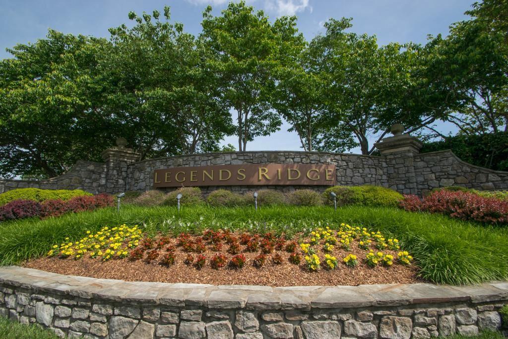 Photo of 720 Legends Crest Dr, Franklin, TN 37069 (MLS # 2062245)