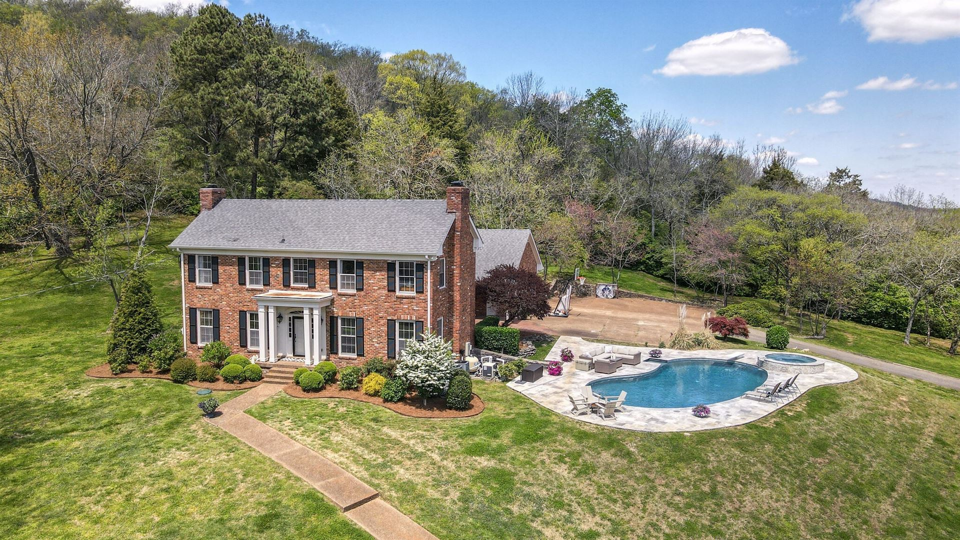 Photo of 192 Hillhaven Ln, Franklin, TN 37064 (MLS # 2253251)