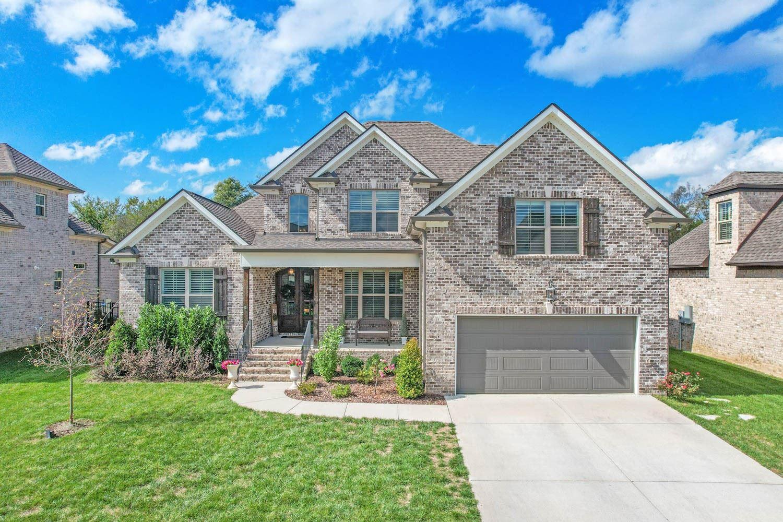 Photo of 3025 Elkhorn Pl, Spring Hill, TN 37174 (MLS # 2298256)