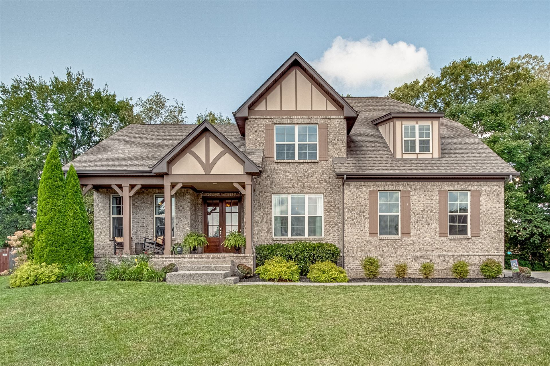 Photo of 1094 Cantwell Pl, Spring Hill, TN 37174 (MLS # 2290260)
